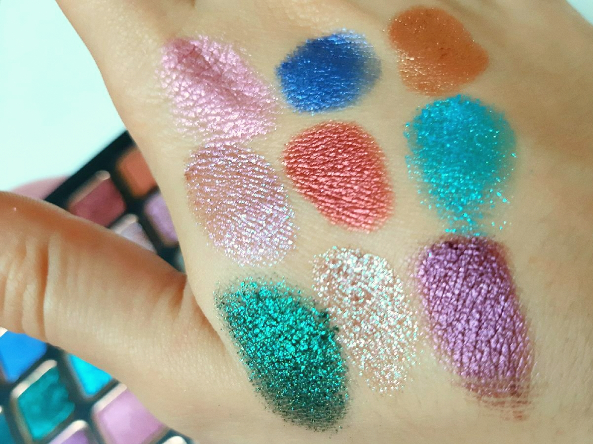 Bellapierre Cosmetics Eyeshadow Palette All Stars Review Swatches The Rouge Velvet Eye Palettes Makeup (2)